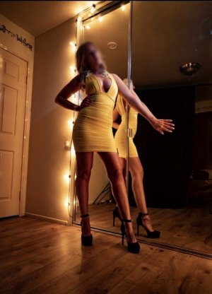 Maria-fernanda thai massage and escort
