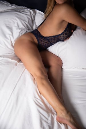 Teeyah erotic massage and ebony escort girl