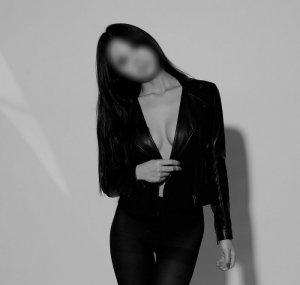 Mejda ebony escort girls & nuru massage