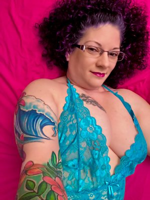 Anette call girls & tantra massage