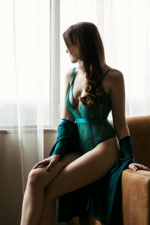 Yuka escort in Stanford CA